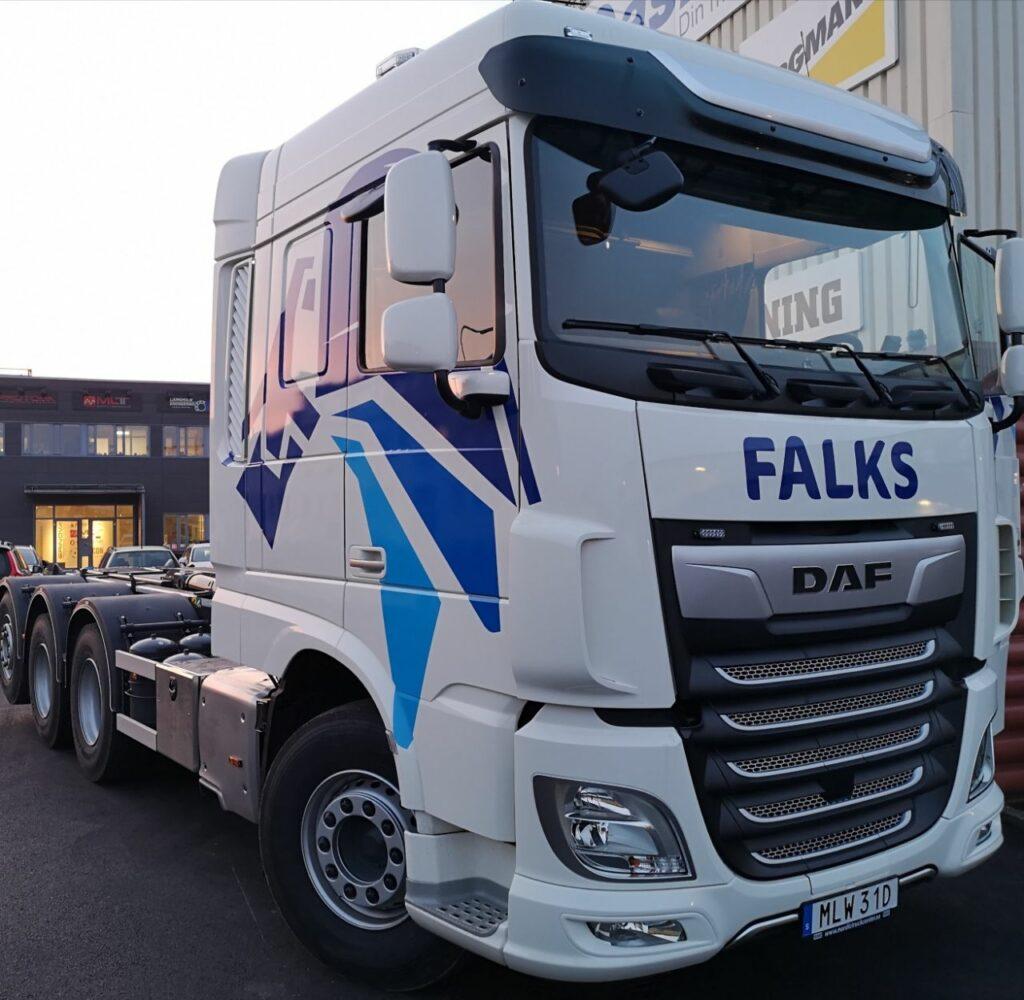 Falks Markentreprenad Nya lastbilen